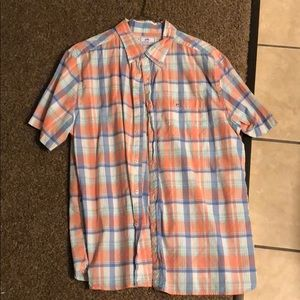 Short sleeved button up southern tide shirt